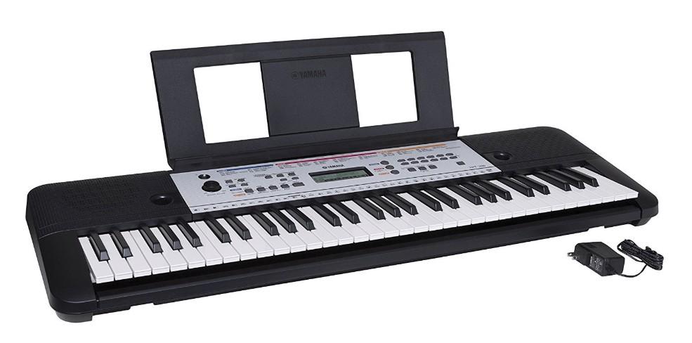 Yamaha 61 key portable keyboard piano