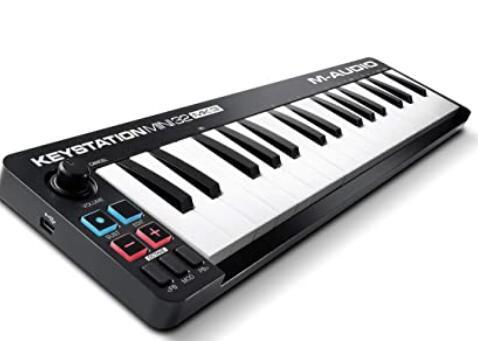 M Audio 32 key midi keyboard with mini keys
